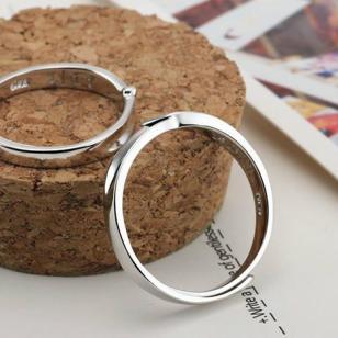 哪里有925银新款情侣戒指批发零售图片
