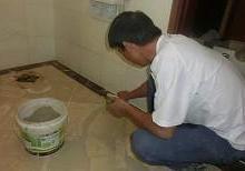 石家庄家庭防水补漏 烫房顶 窗户漏水维修 厕所堵漏 抗漏神防水公司图片