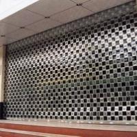 供应三亚商铺银行玻璃门用通花闸款式新颖欢迎定做,型材随选