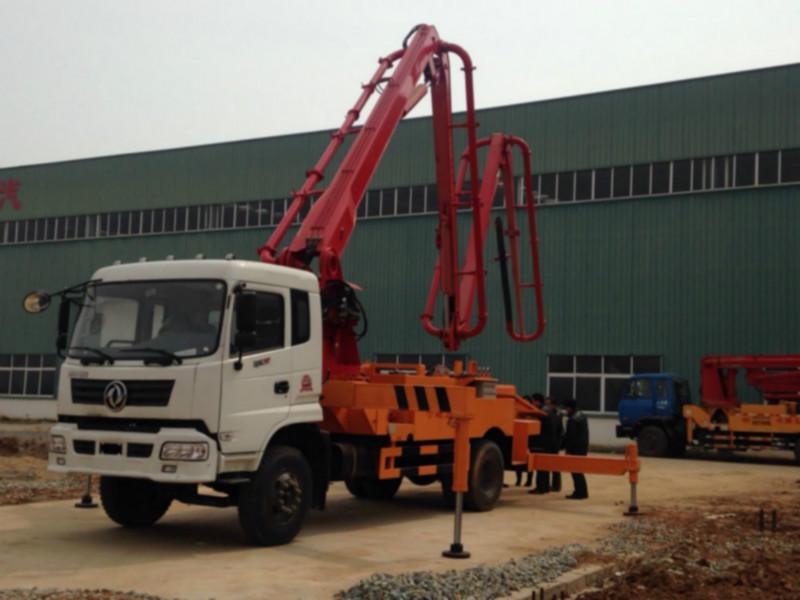供应26米混凝土泵车