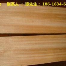 北京巴劳木栏杆制作厂家 室内卧室、客厅、走廊、吊顶 户外花架、木桥、凉亭、座椅等高级防腐木板材图片