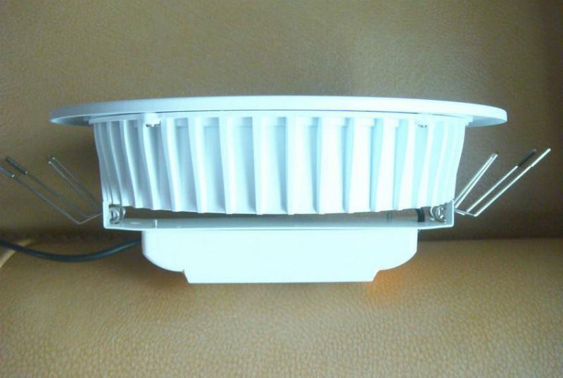 供应用于的深圳LED嵌灯外壳/6寸配件尺寸170mm