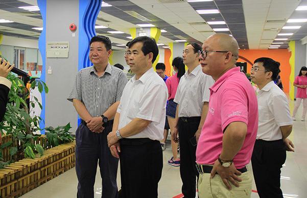 广州市委统战部马卫平副部长一行莅临一呼百应参观指导