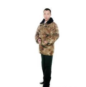 迷彩服军品迷彩大衣迷彩棉大衣销售